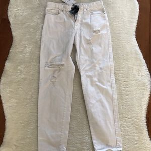 3/$15 NWT Forever 21 White distressed jeans